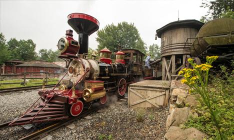 Disneyland Railroad - Frontierland Depot