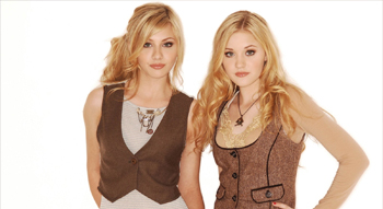 ALY & AJ - LITTLE DRUMMER BOY LYRICS