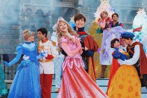 Quand l'univers de la mode rencontre celui des princesses Disney...